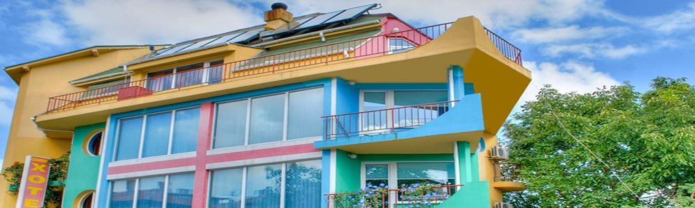 Шарената къща в Ахтопол